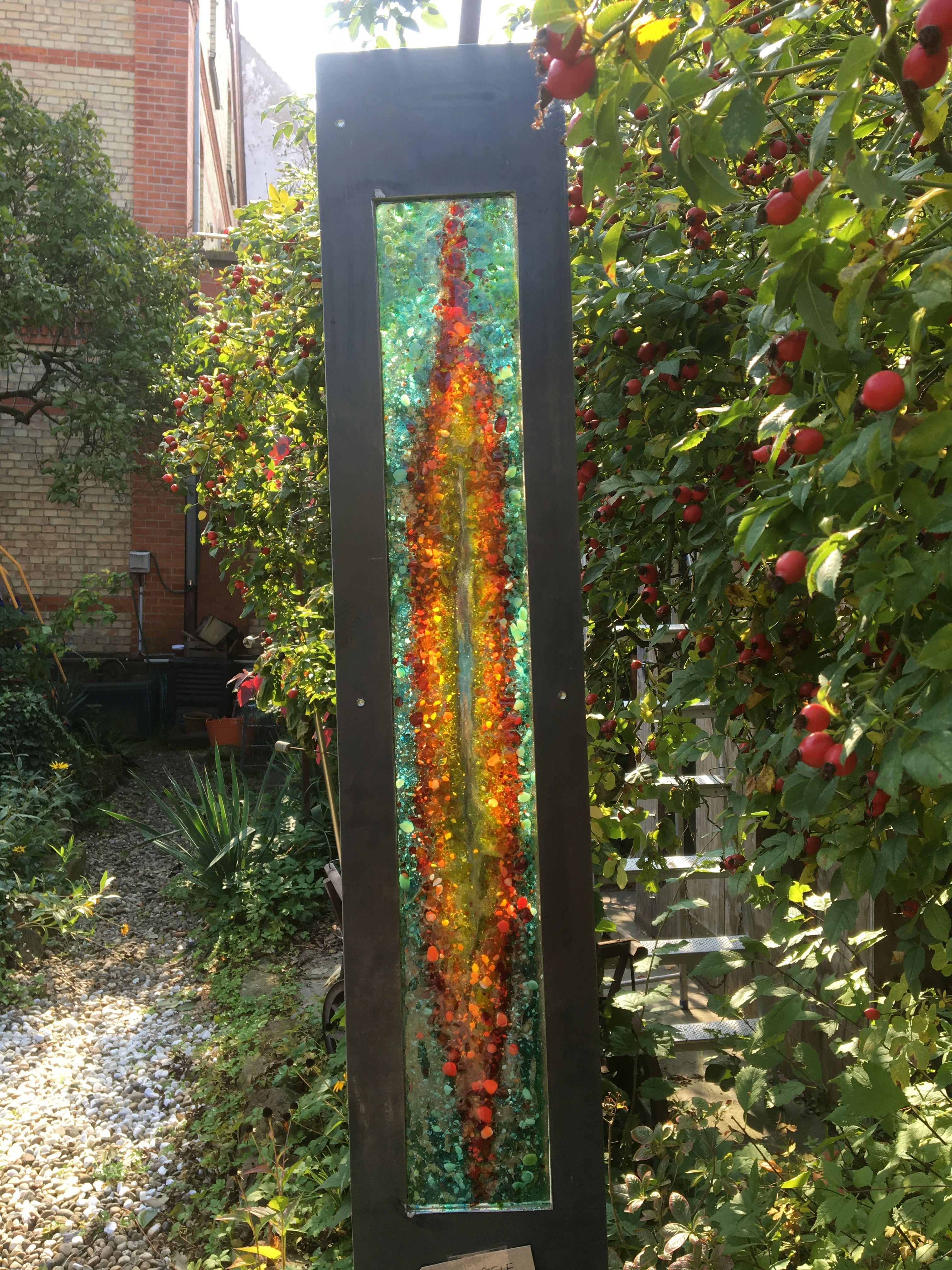 Metallstele Mit Glas In Turkisgrun Orange Gelb Rot Frostfeste Gartendeko Great Metall Stand With Fused Glass One Of A Kind Garten Deko Gartenzwerg Garten