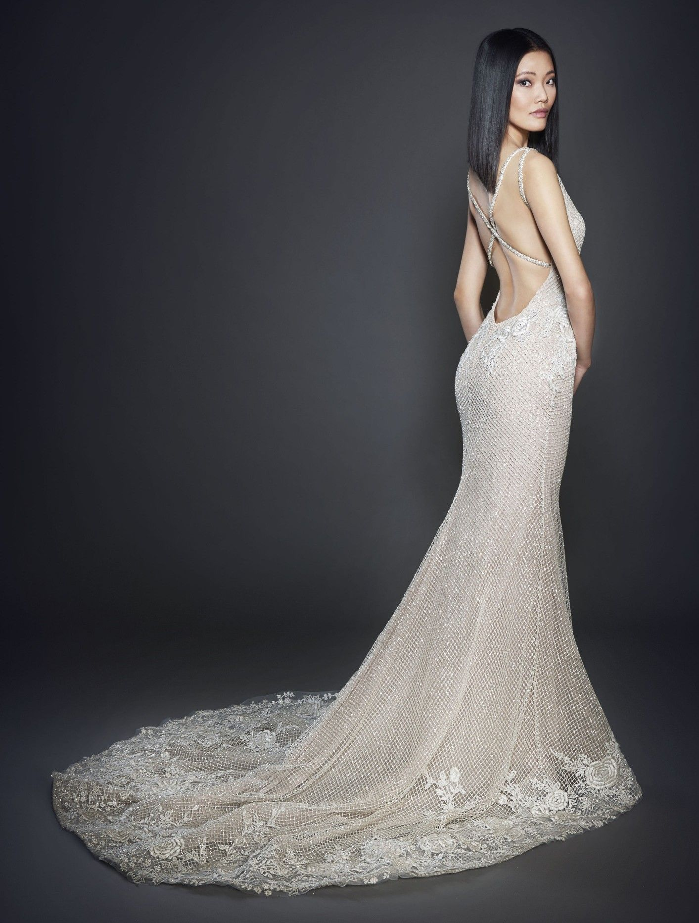 Blush ivory 2018 lazaro wedding dress trumpet bridal