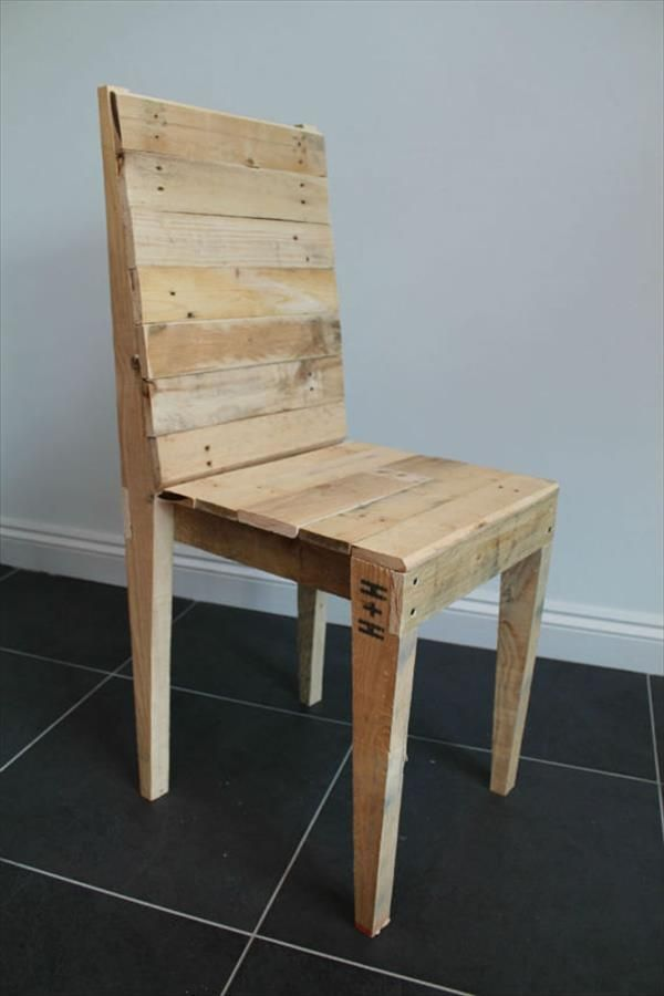 Reclaimed Pallet Dining Chair Pallet Furniture Diy Diy Pallet