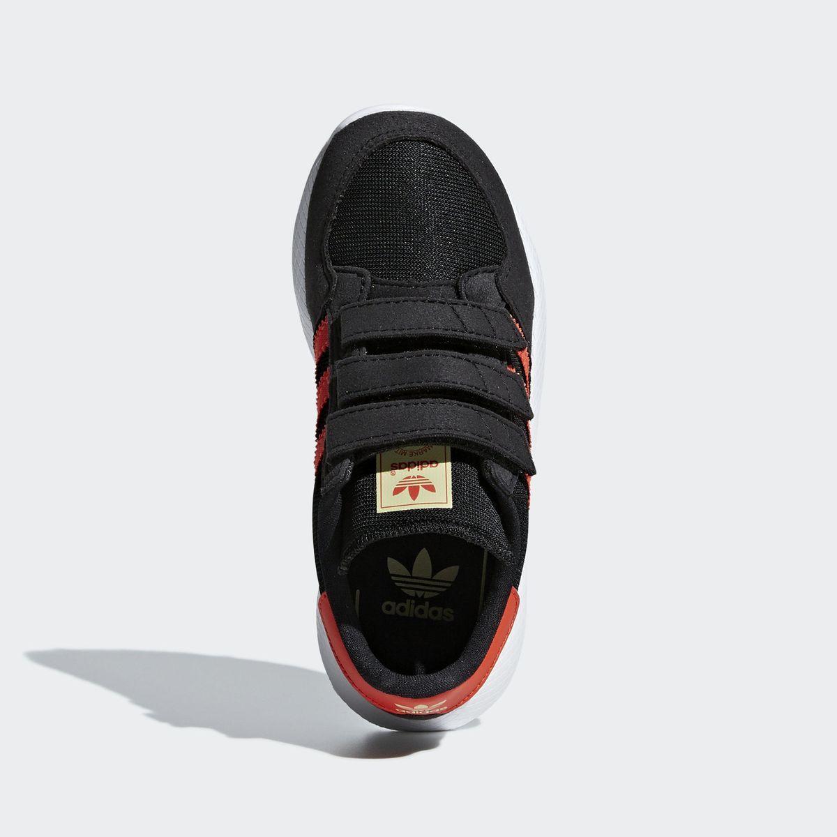 chaussure adidas garcon 32
