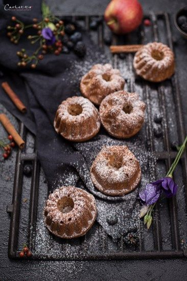 REZEPT: Saftige Mini Apfelmus Gugelhupf von cookingCatrin