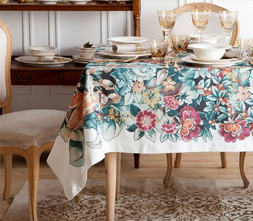 holiday home decor trends 2014 tablecloth with floral motif zara home catalogue for winter. Black Bedroom Furniture Sets. Home Design Ideas