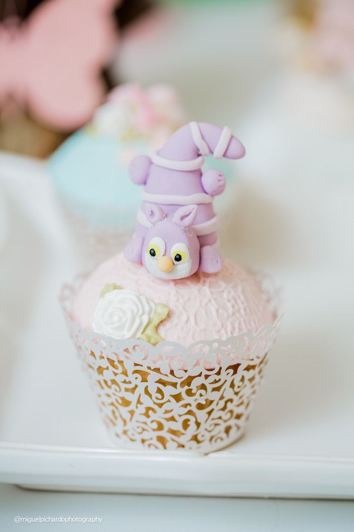 Cheshire Cat cupcake from a Pastel Glam