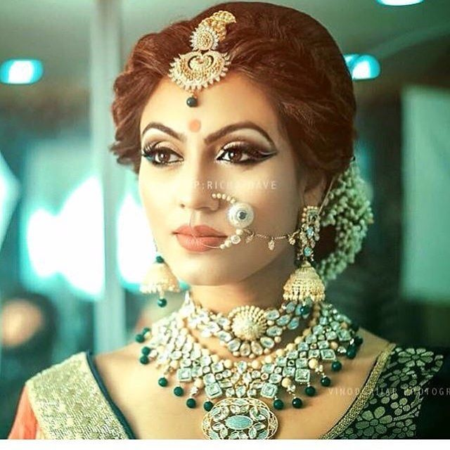 From Mangtika to Nath & earring to necklace everything is just wow! Styled…