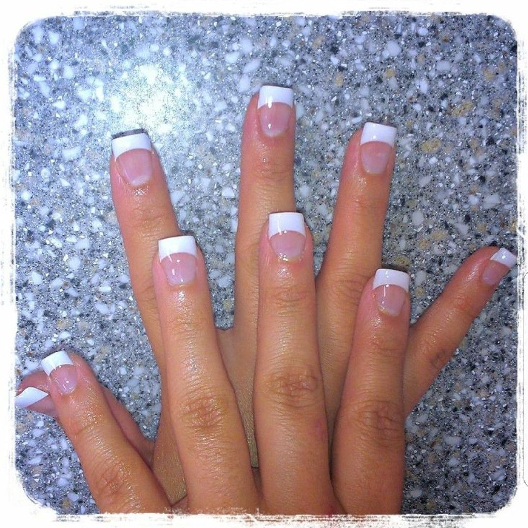 Pin By Michelle Mcmillan On Nail Art French Tip Acrylic Nails White Tip Nails White Tip Acrylic Nails