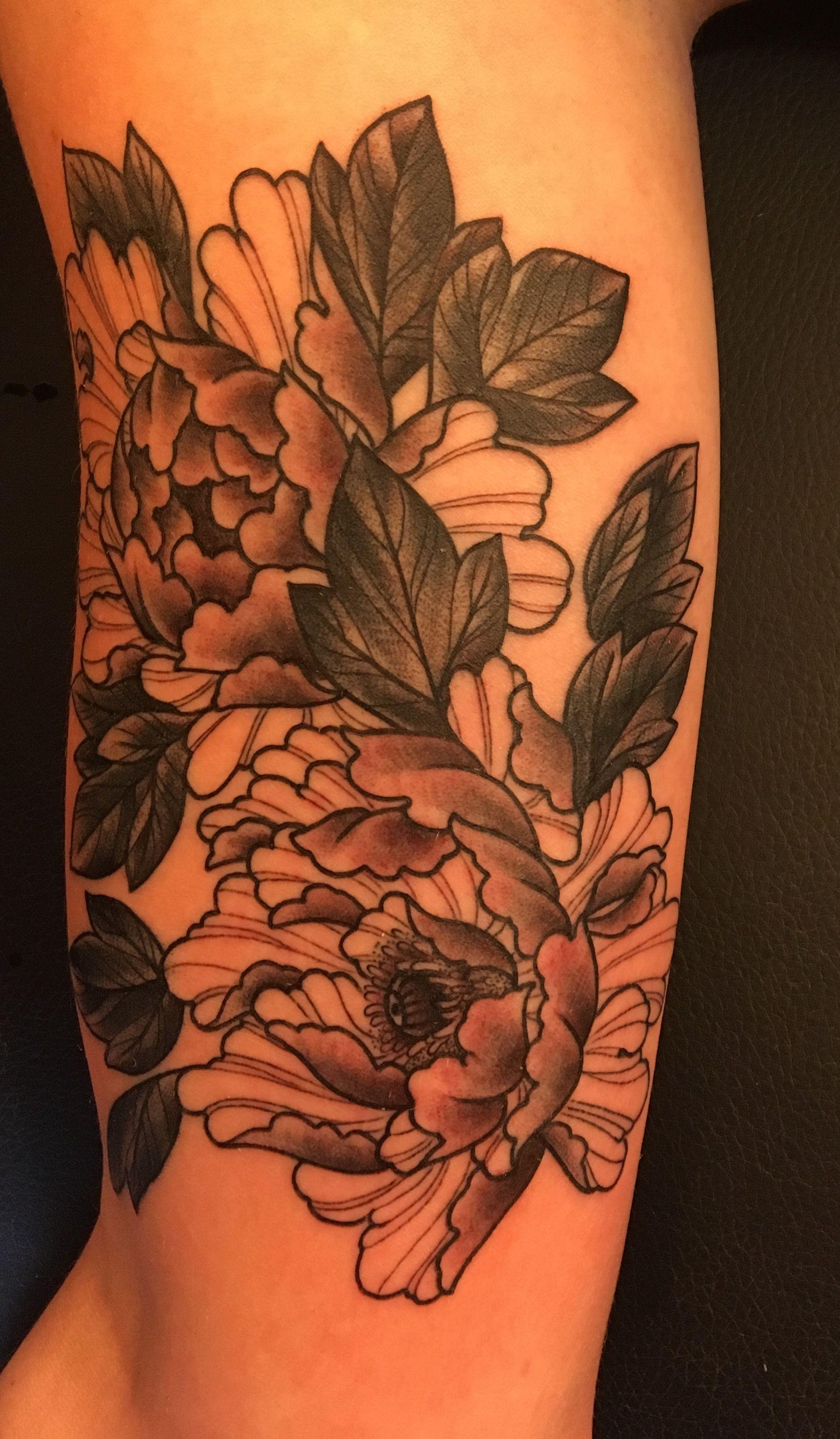 peony tattoo upper arm peony tattoo tattoo by jake diamond ritual