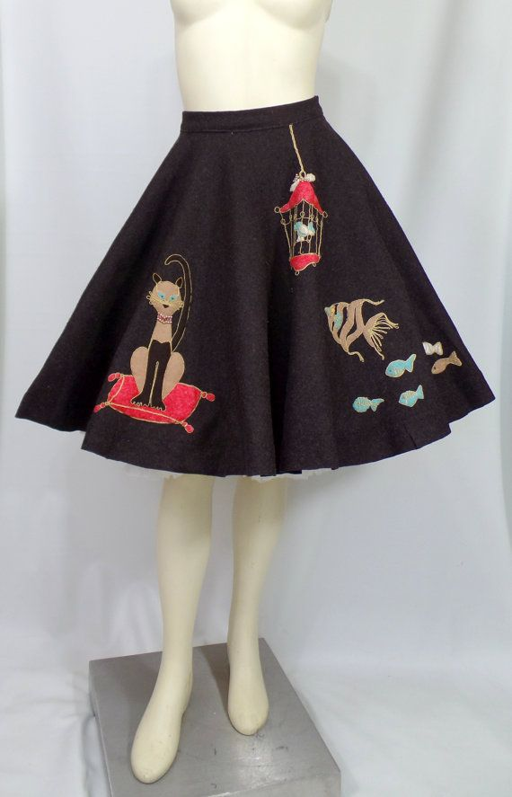 Novelty Appliqueed Wool Felt Circle Skirt From The 1950s Similar To A Poodle