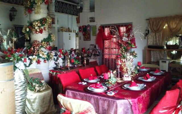 Dining area Holiday setting