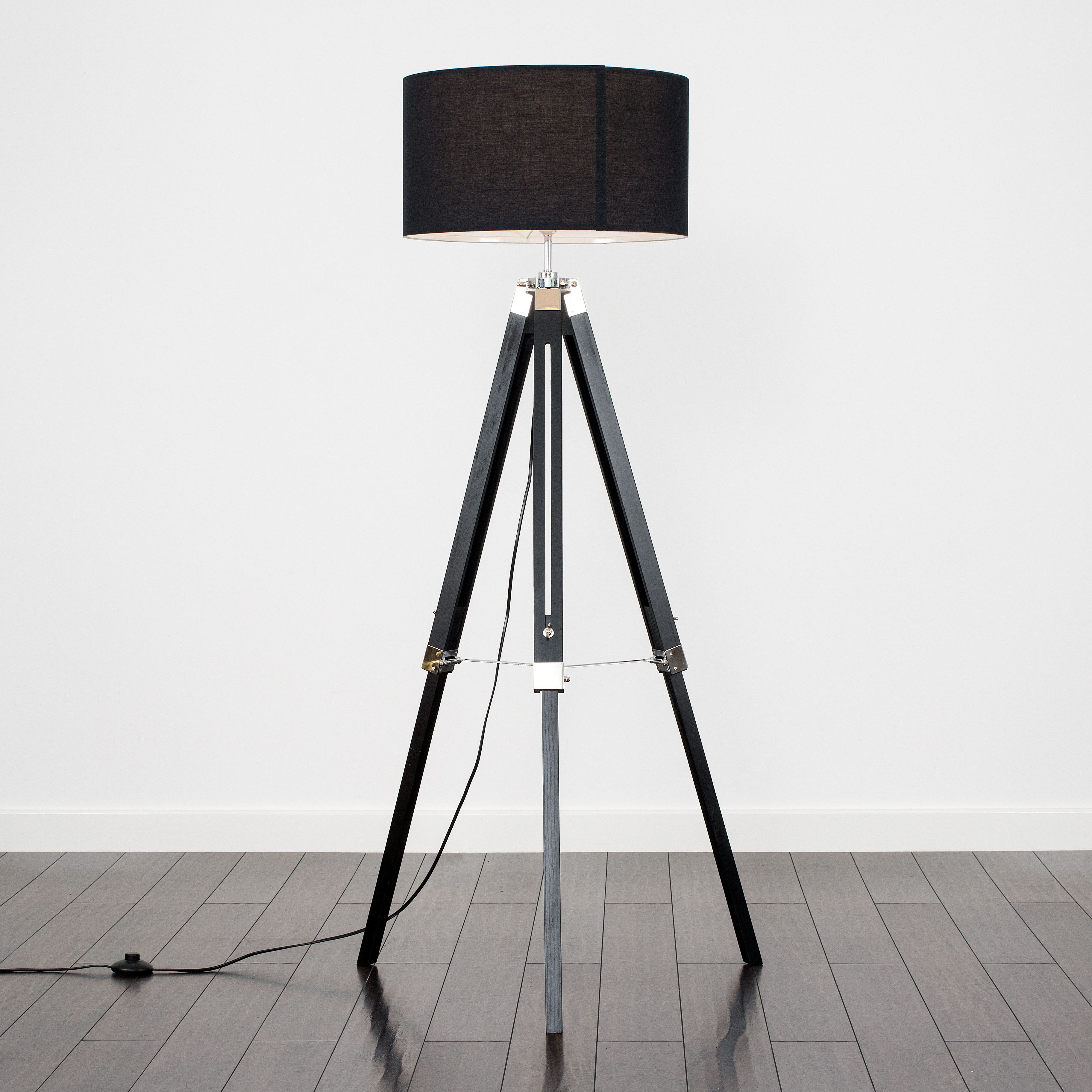 Clipper Black Wood Floor Lamp With Xl