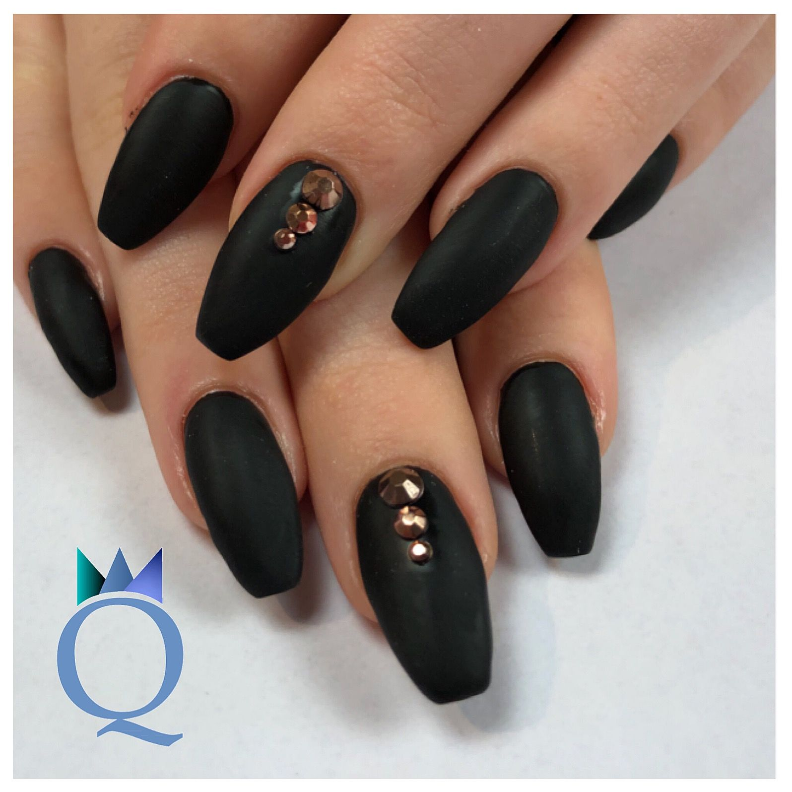 coffinnails #gelnails #nails #black #mat #rosegold #ballerinaform ...