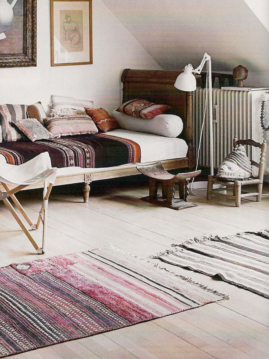 Pillows Made From Peruvian Ponchos And Rugs Iran Yemen Create An Inviting Homely