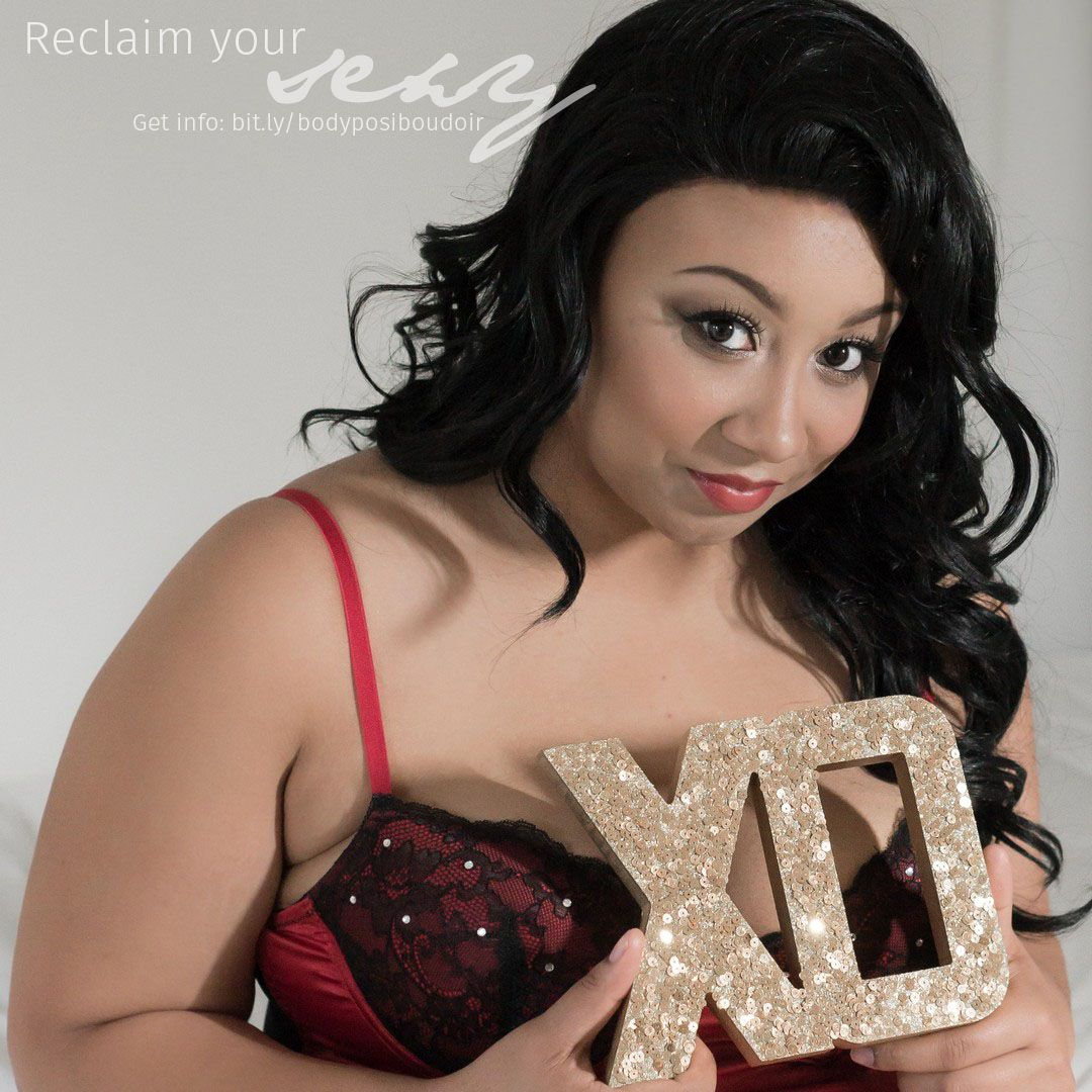 Reclaim your sexy with a #boudoir photography session for curvy, #plussize, and full figured women » http://bit.ly/bodyposiboudoir #bodypositive #seattleboudoirphotographer
