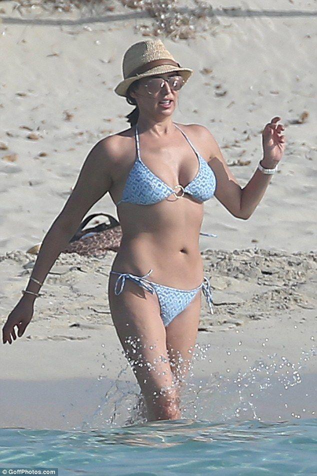 Lauren Silverman strips down to halter-neck bikini | Style ...
