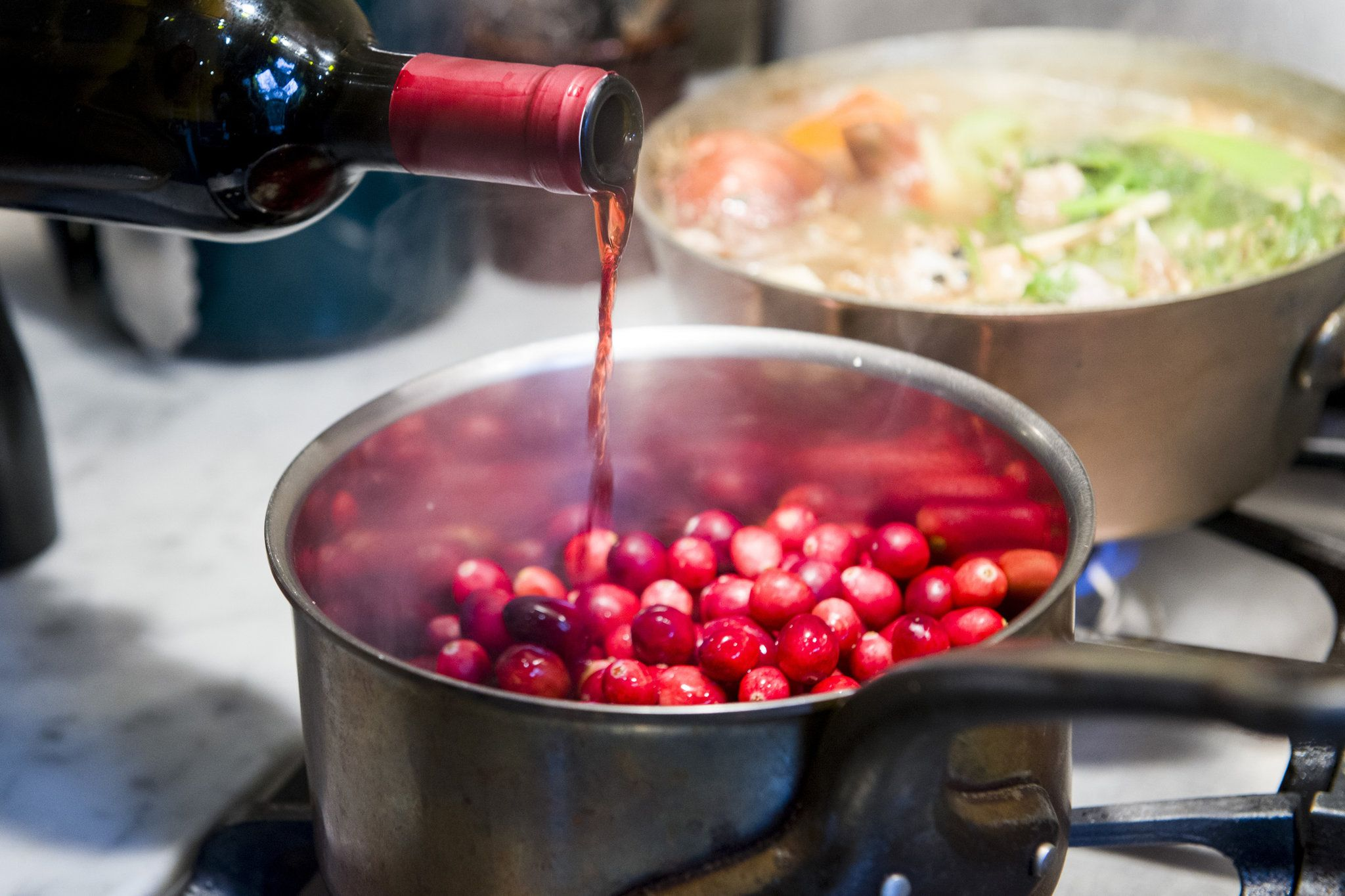 Red Wine Cranberry Sauce With Honey Recipe Recipe Ginger Recipes Honey Recipes Recipes
