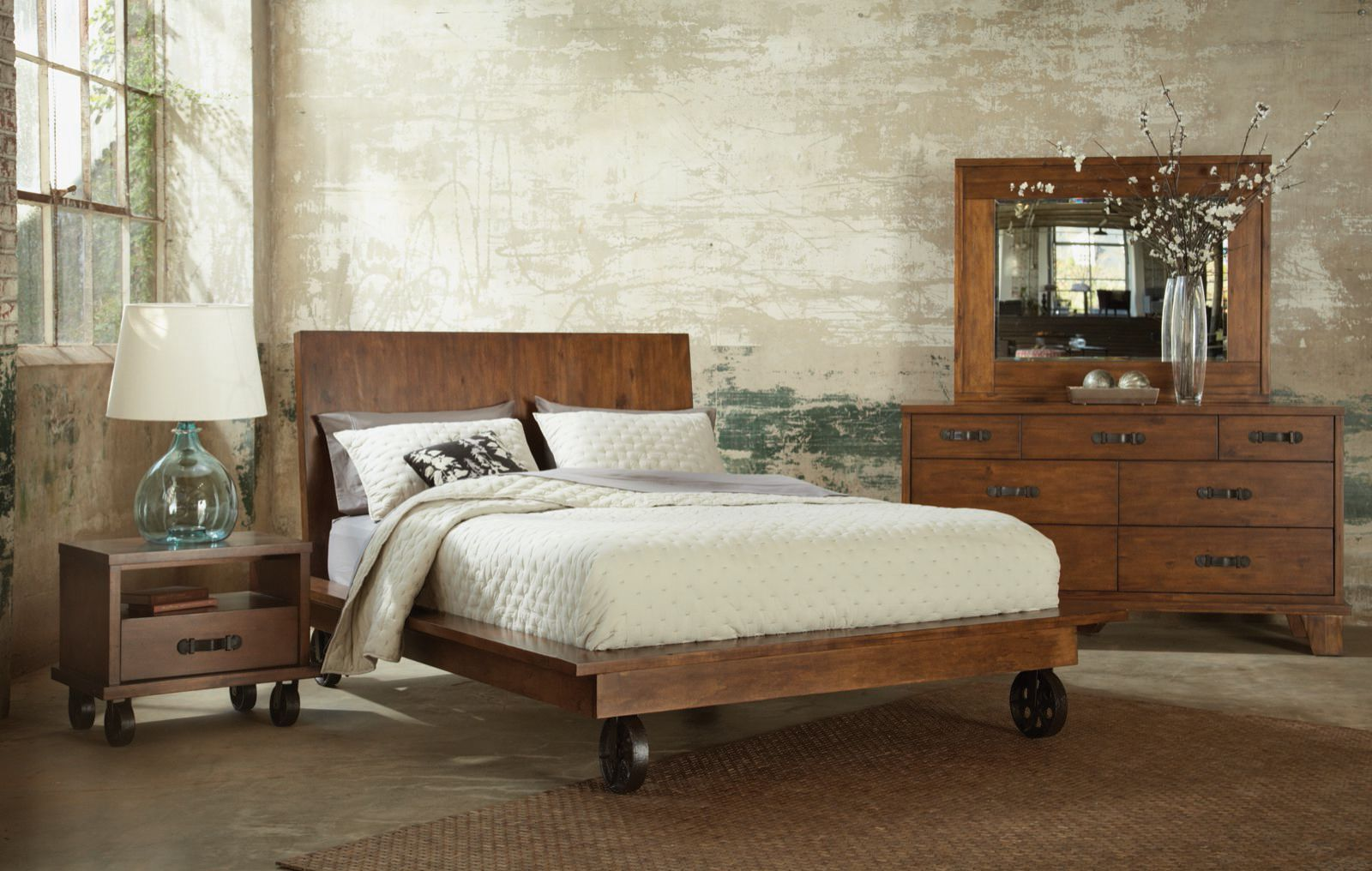 Platform Bed With Iron Wheels Via Livingincomfort Com Wheels Can