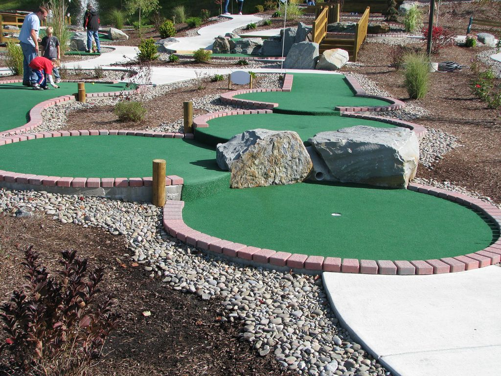 cool tiers, another Harris design Golf courses
