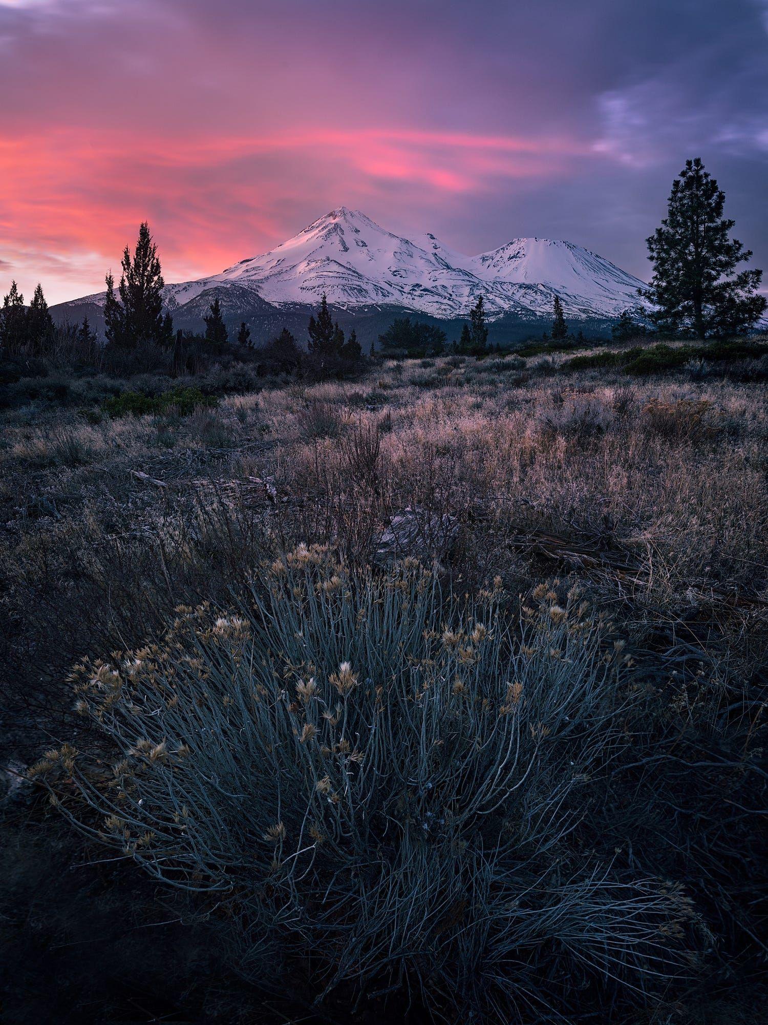 Mt Shasta Ca Winter Sunrise Oc 2048x 1152 In 2019