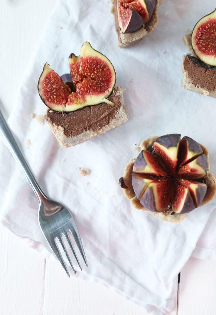 Mini Vegan Chocolate Fig Pies