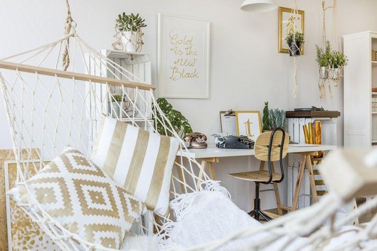 Wohnzimmer Hängematte ~ Wohnzimmer Einrichtung Mit Entspannter Hängematten  Atmosphäre