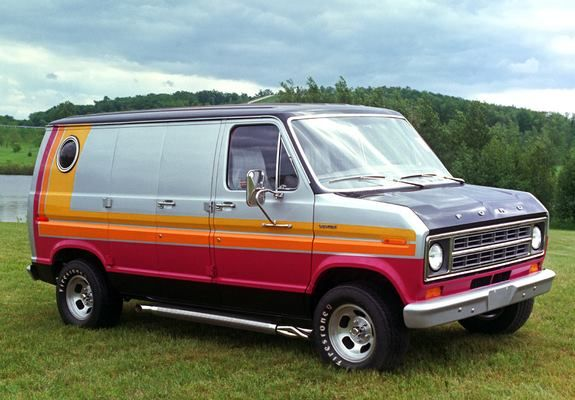 I loved the 79-81 Forn customized van. That is the van I wanted back in the day.