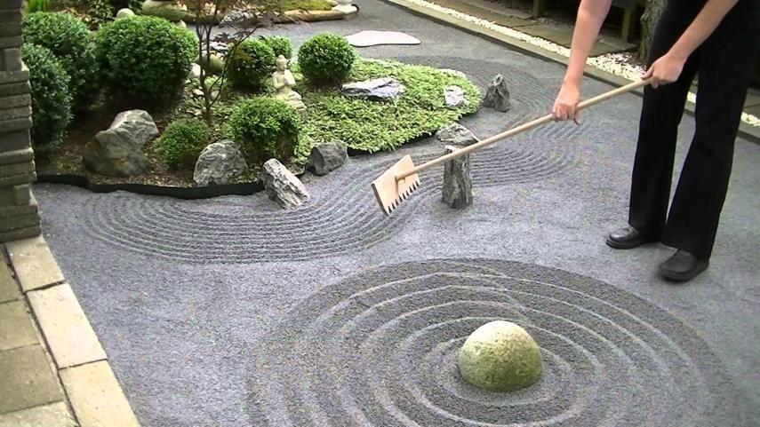 How to Build Your Backyard Zen Garden: Weekend DIY #zengardens
