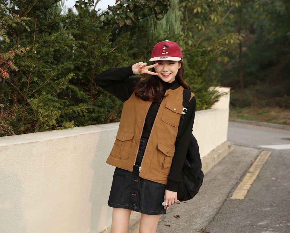 10's trendy style maker en.66girls.com! Corduroy Zip-Up Vest (DEQR) #66girls #kstyle #kfashion #koreanfashion #girlsfashion #teenagegirls #fashionablegirls #dailyoutfit #trendylook #globalshopping