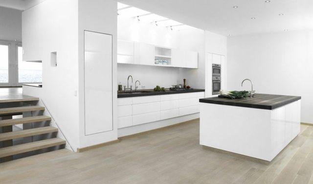 cuisine-blanche-design-moderne-ilot.jpg (640×376) | Idées déco ...