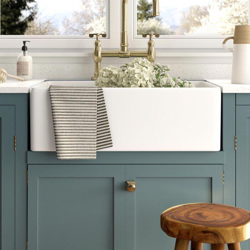 Charleston 30 L X 20 W Farmhouse Kitchen Sink With Basket Strainer Kuchenspule Kuche Ideen Bauernhaus Moderne Kuchenideen