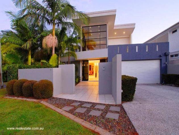 Pin by karen lozano on casa pinterest for Fachadas de casas modernas puerto rico