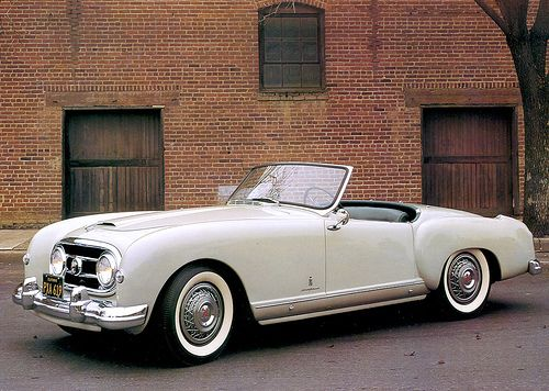 NASH-Healey Roadster by Pinin Farina • 1954