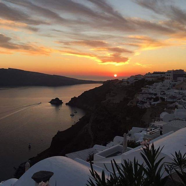 , Reposting The Vacation Hunt: Surprise Vacations and Trip Planning: Congrats to Ben & Beena, our #newlyweds  on their #honeymoon in Santorini, Greece! …, Travel Couple, Travel Couple