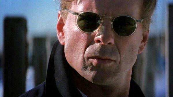 Bruce Willis in The Jackal | Bruce willis, Prime movies