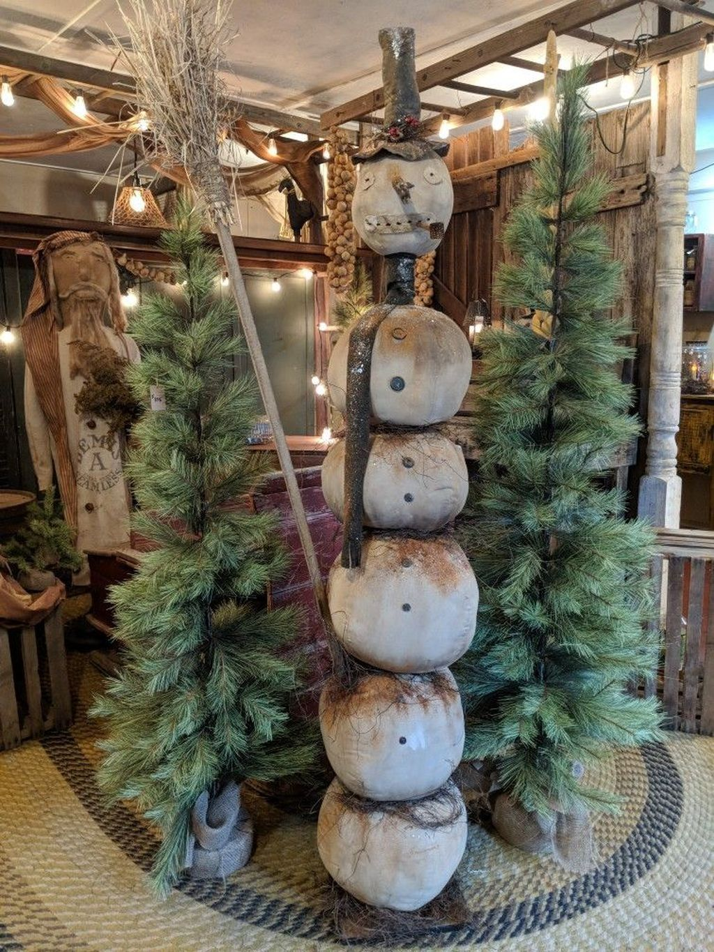 39 Superb Primitive Country Christmas Trees Ideas To Copy Right Now Primitive Christmas Tree Primitive Decorating Country Primitive Country Christmas
