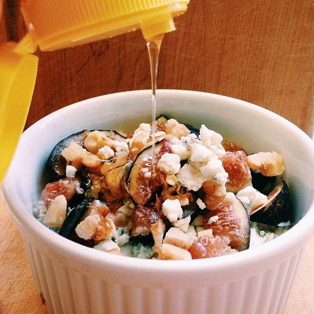Savory lunch. #fig #walnut #gorgonzola #chobani #honey #creationaday #yumyum #instagood #food