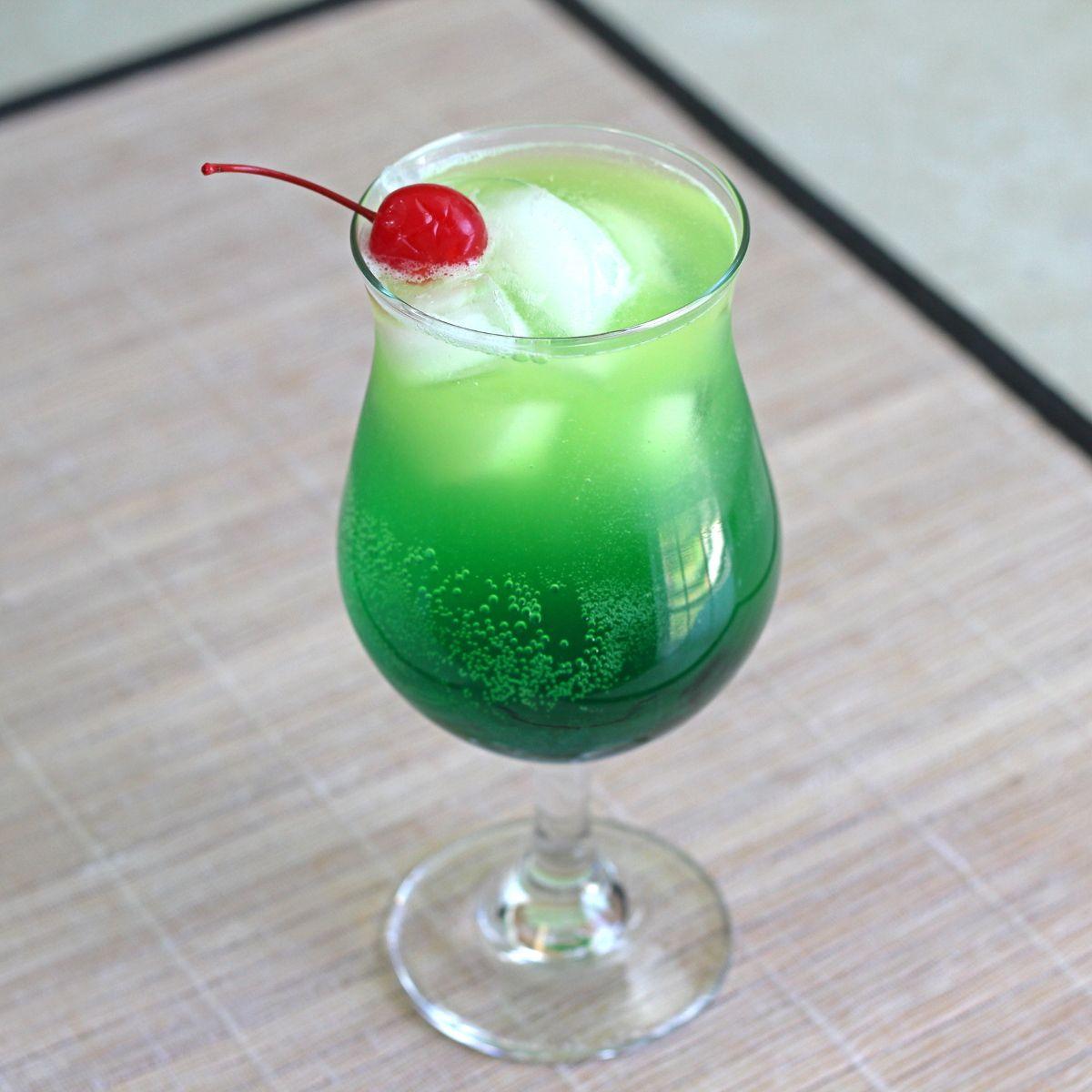 Midori Cocktails, Cocktails, Rum
