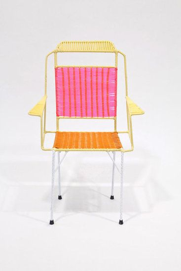 Colombian ex-prisoners make chairs for Marni.