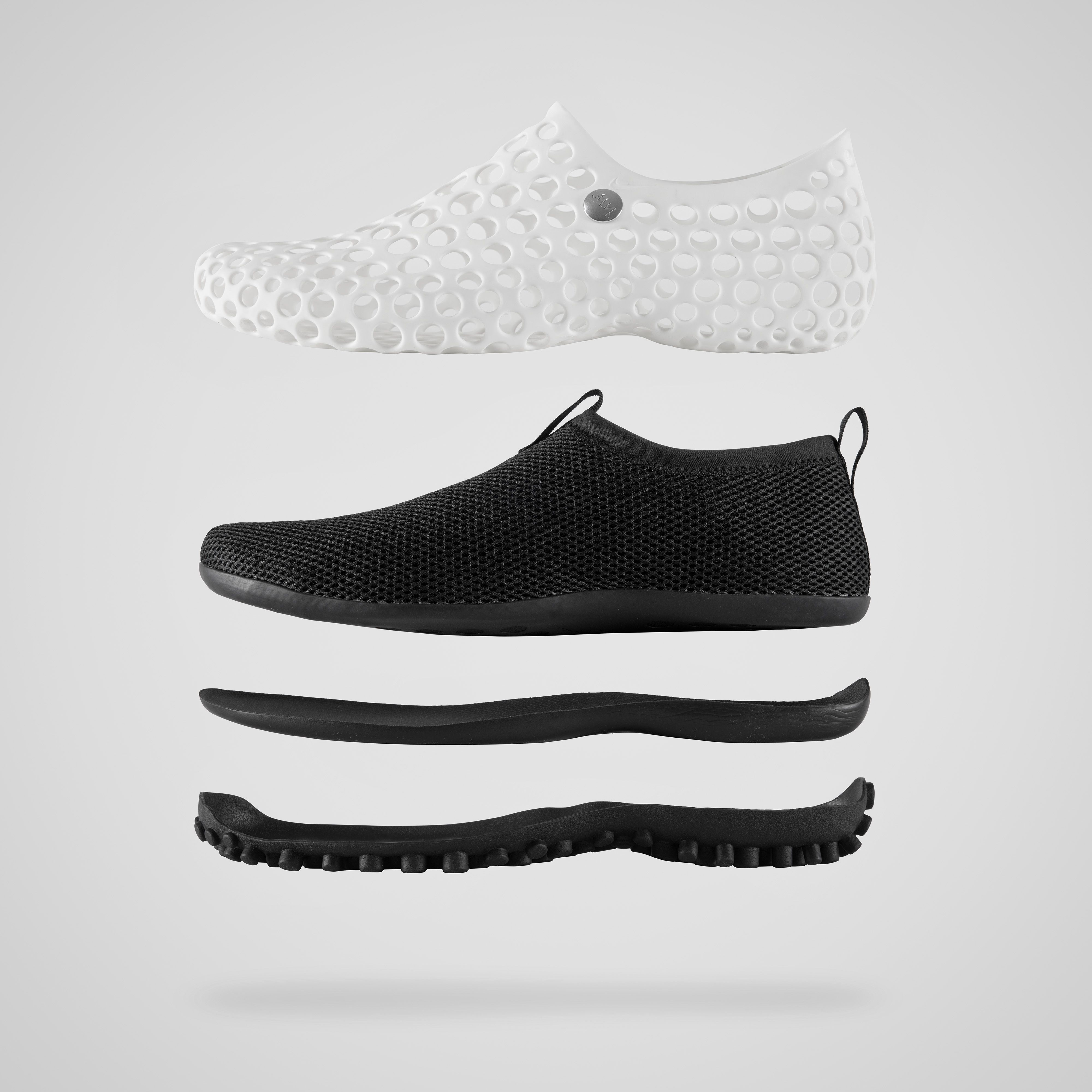 e70d87066823 Even 10 Years Later Marc Newson s Nike ZVEZDOCHKA Looks Ahead of Its Time
