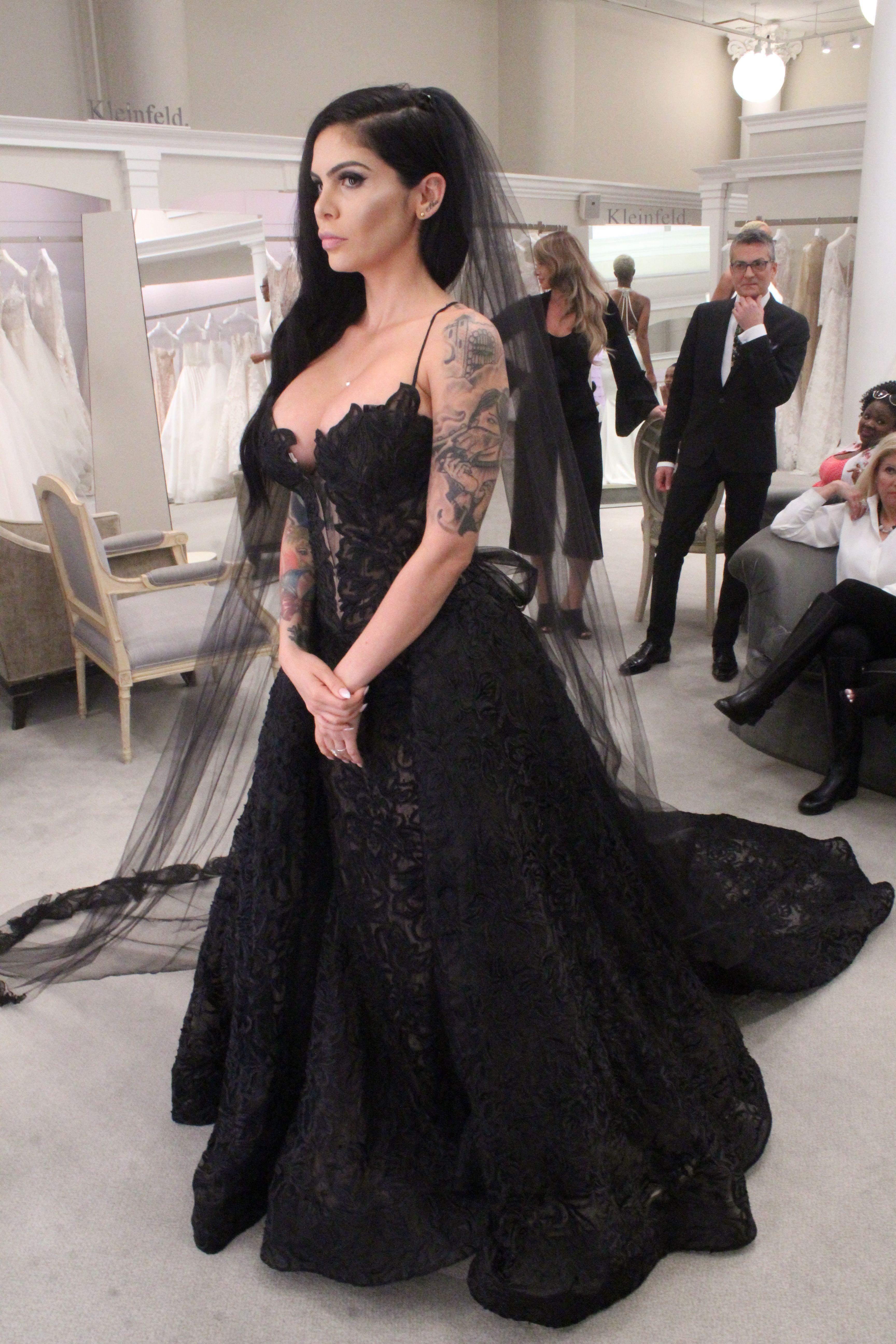 Camila Figueras Pnina Tornai 8 200 Style 4572 Wedding