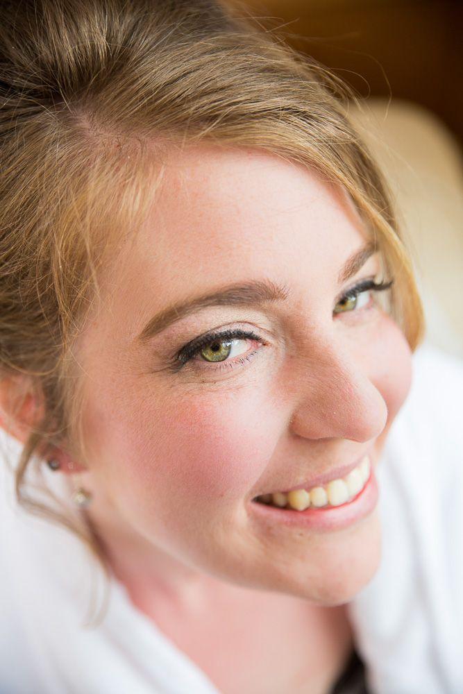Pretty green eyes! Gorgeous, understated, natural bridal make up. #CheshireWeddingPhotography www.helenwilliamsphotography.co.uk