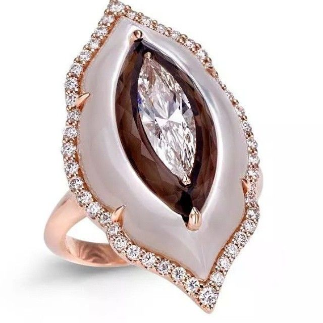 Art of Inlay #boghart Ring with pink mother of pearl, smokey quartz and diamonds  #ringporn #ringgasm #ringtastic #ringlover #ringconnoisseur #wantneeddesirecovet #mrsortonsjewelporninstaglam #sparkaliciousfabulosity #jewelgasms