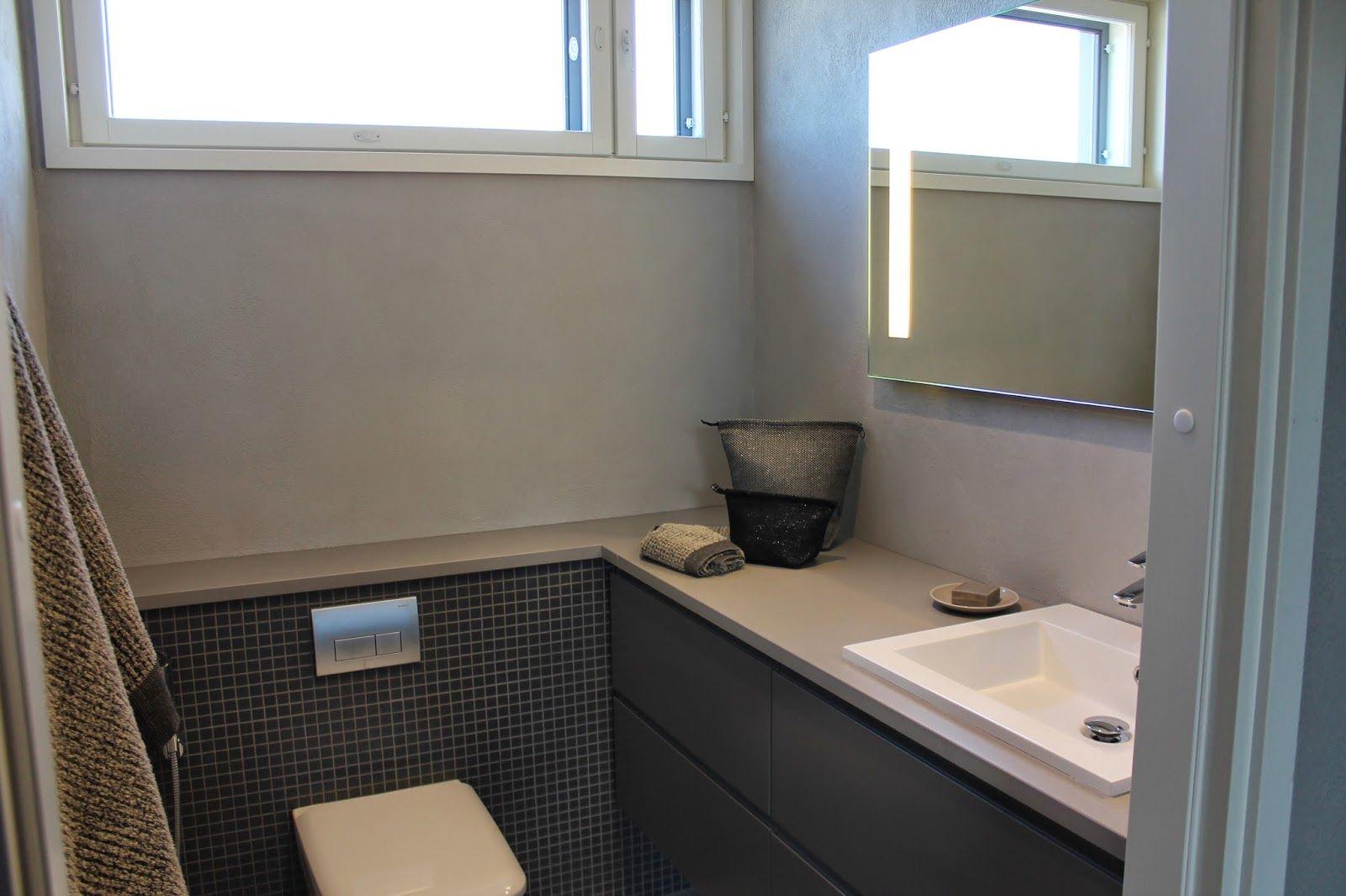 Seinäwc:n kotelointi liittyy sulavasti allastasoon.