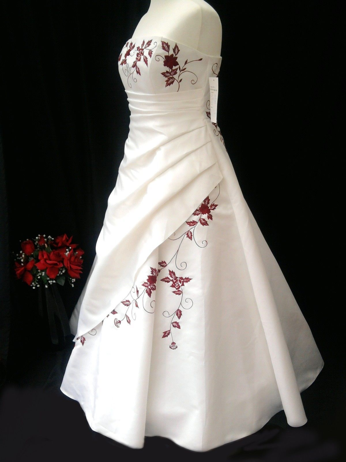 PURITY BRIDAL IVORY AND RED WEDDING DRESS SIZE 18 With Tags