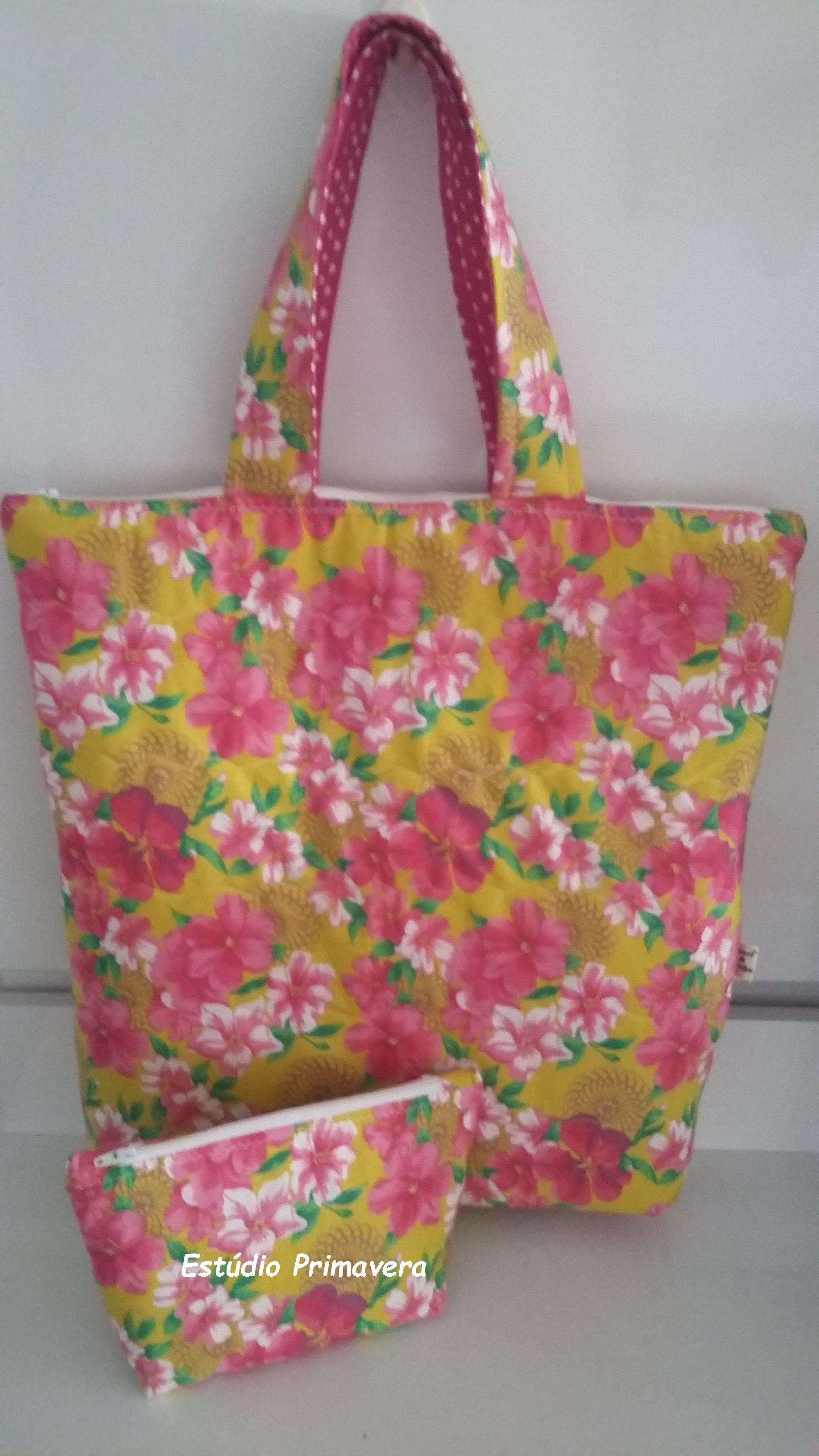 Conjunto de bolsa e necessaire em tricoline estampa floral imitando chita.