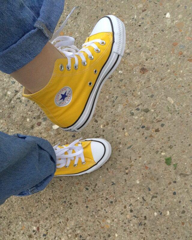 converse alta amarilla