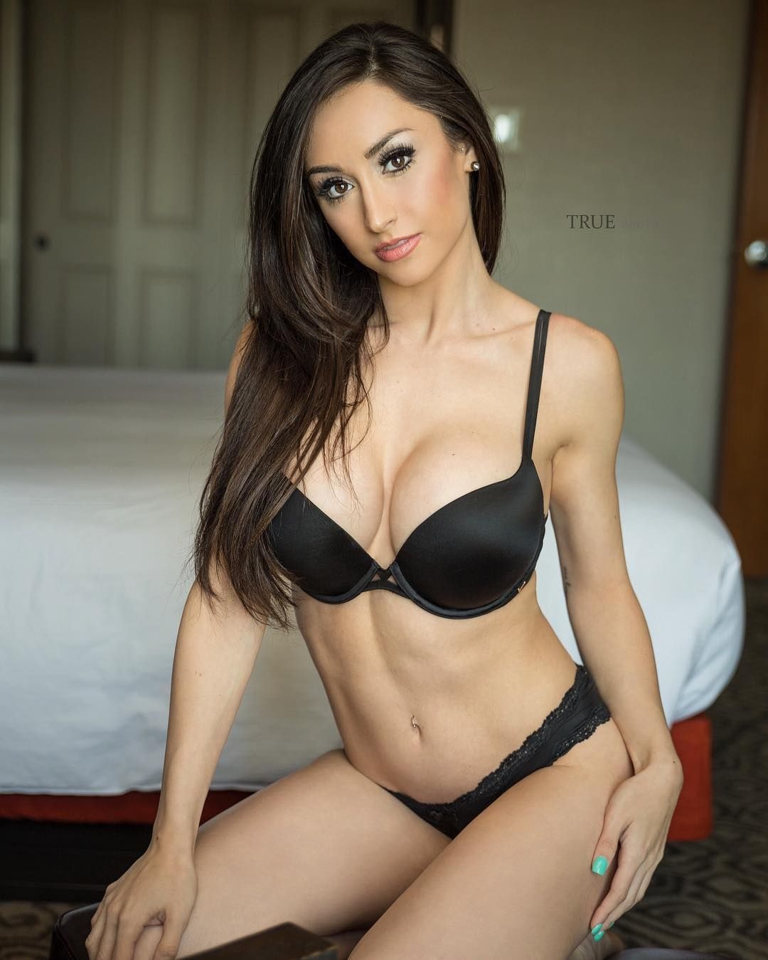 7 624 likes 79 comments reya sunshine reya sunshine for Perfect comment for a picture