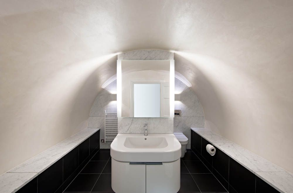 Curved vault ceiling