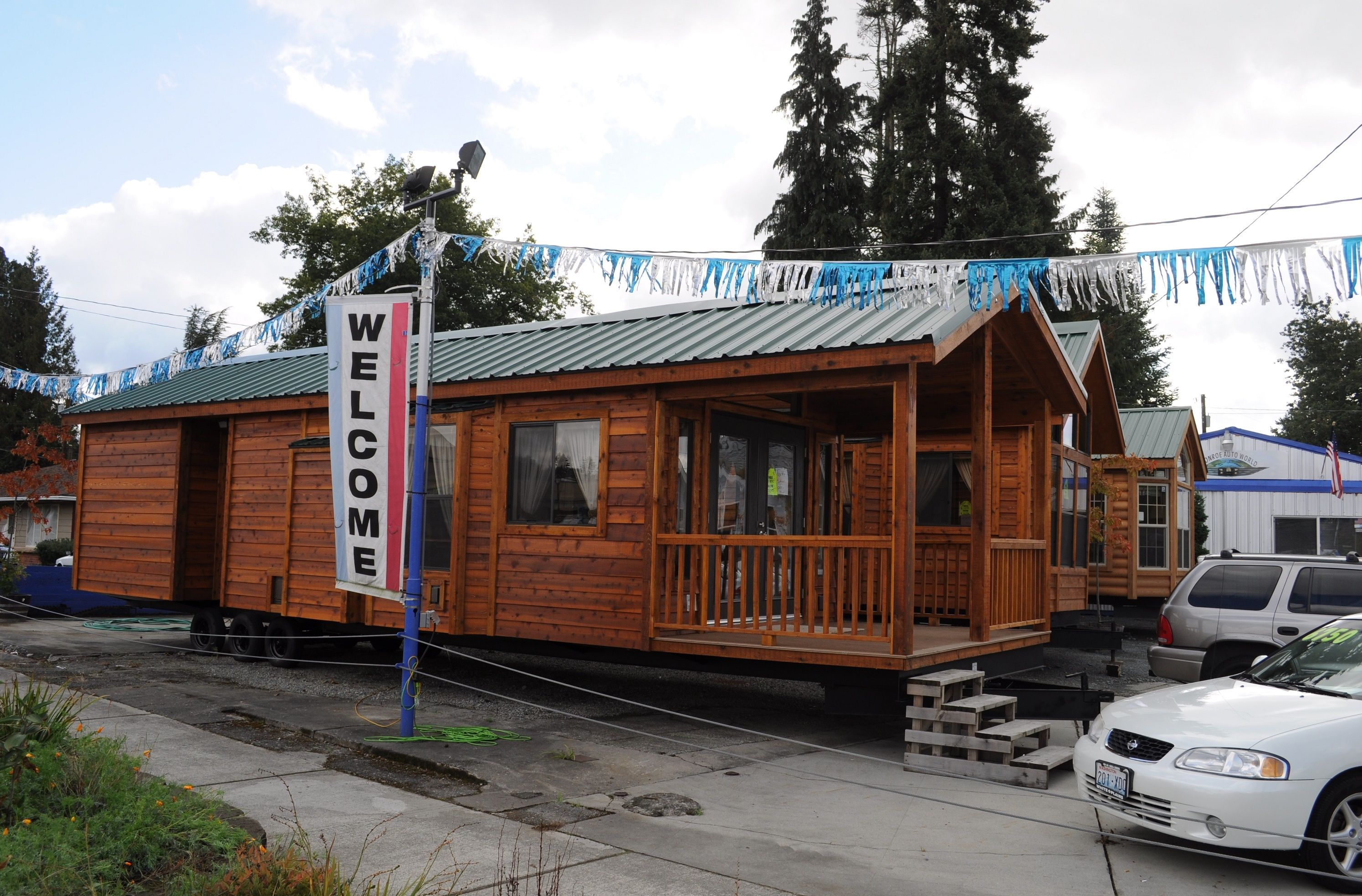 Outstanding Tiny Houses For Rent In Washington State Foundation On Home Interior And Landscaping Pimpapssignezvosmurscom