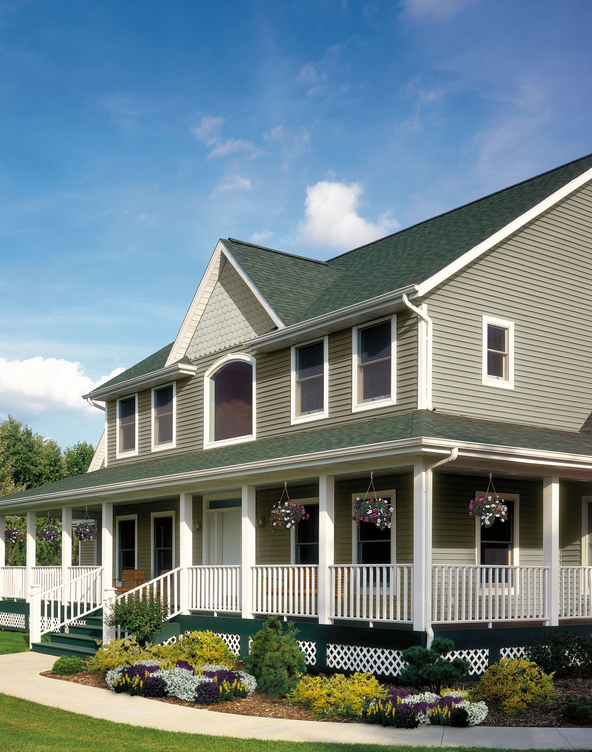 Certainteed Siding Monogram Granite Gray Sterling Gray Green Exterior Paints Exterior Paint House Exterior