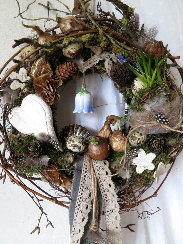 Photo of Very natural, wild bound wreath. In addition to many real flower bulbs, f …