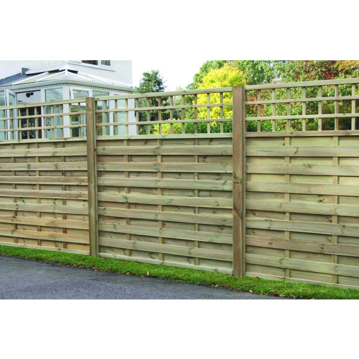 Wickes hertford fence panel 18m x 18m integrated trellis fence wickes hertford fence panel 18m x 18m integrated trellis baanklon Choice Image